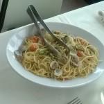 Spaghetti con vongole e pomodorini