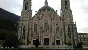 Il santuario di Castelpetroso (IS)