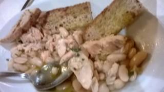 Trote in salamoia con fagioli e cipolle