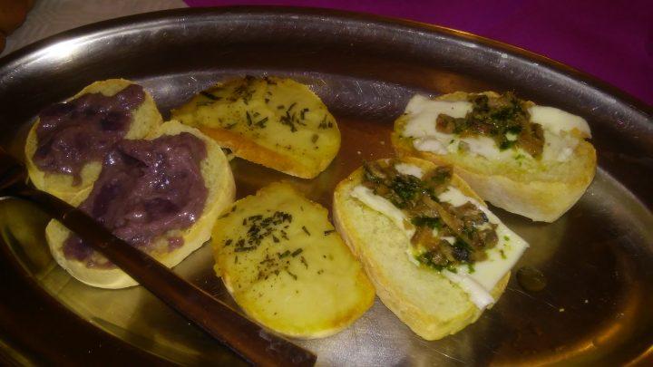 Crostini al ristorante La Rialla di Massa Marittima