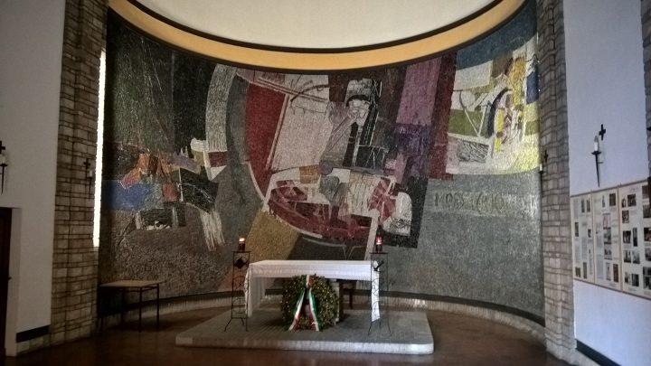 Interno del sacrario di Urbania