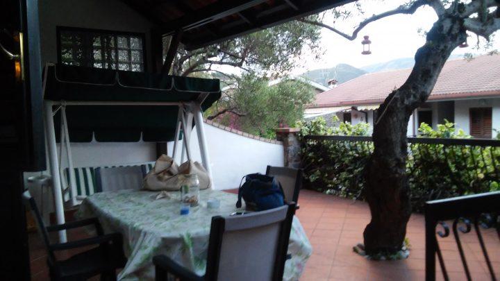La veranda di Casa Marina a Scario