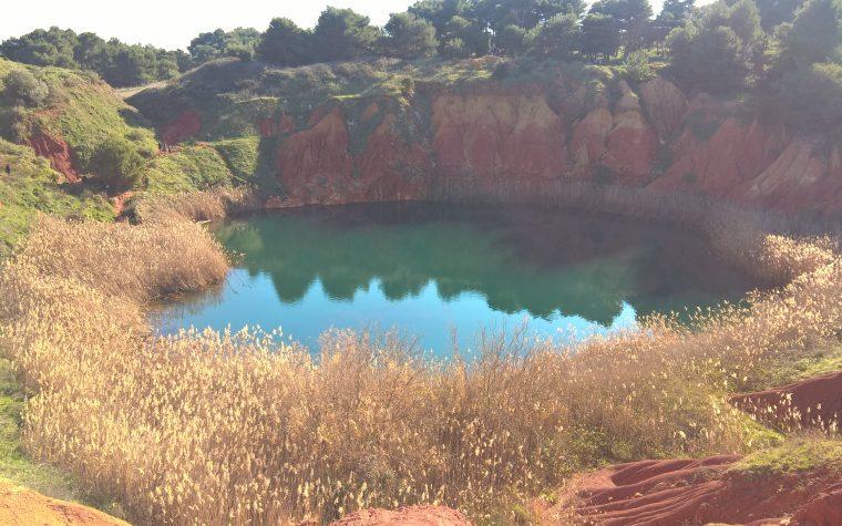 Il lago di bauxite ad Otranto (LE)