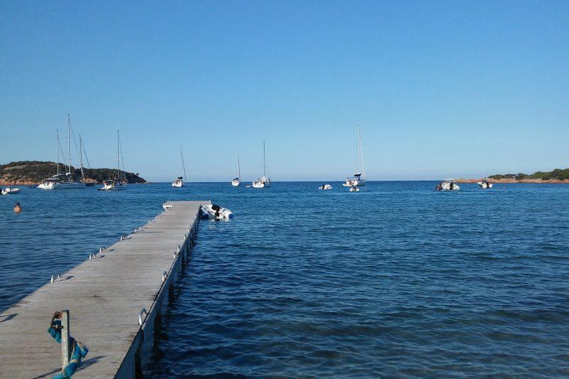 La spiaggia della Rondinara a Bonifacio (Corsica)
