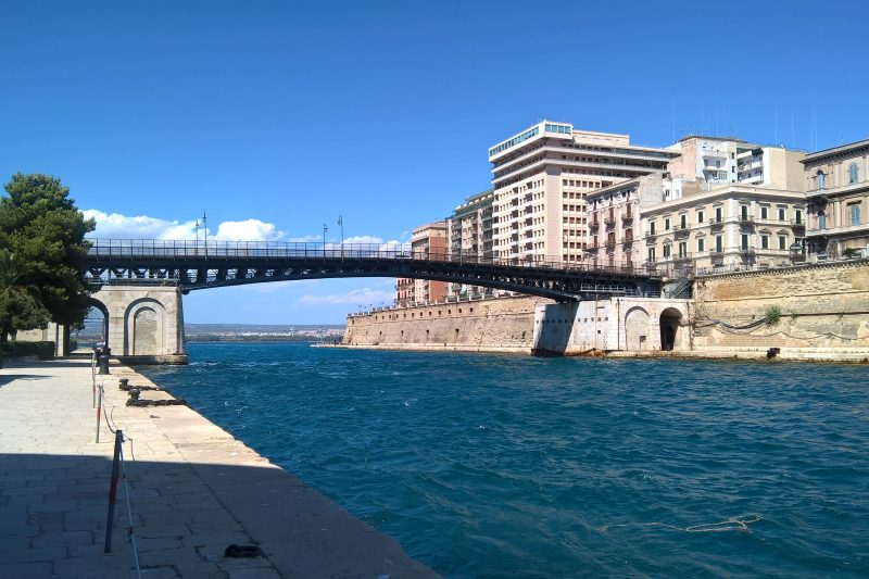 Taranto, la città dei due mari