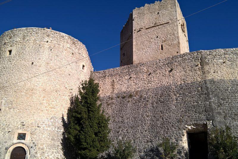 Pettorano sul Gizio (AQ) e il suo castello