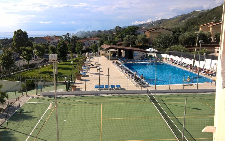 L'Hotel Sol Palace di Sangineto Lido (CS)