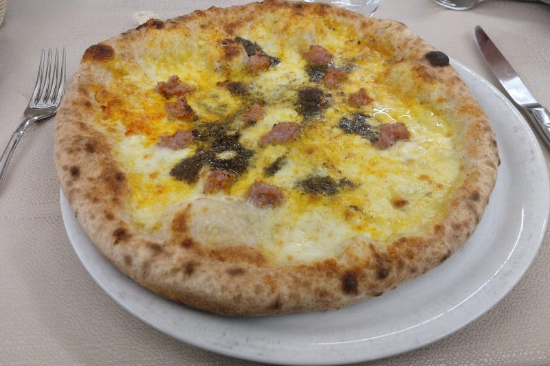 Le fiaccole: ristorante e pizzeria a Fossa (Aq)